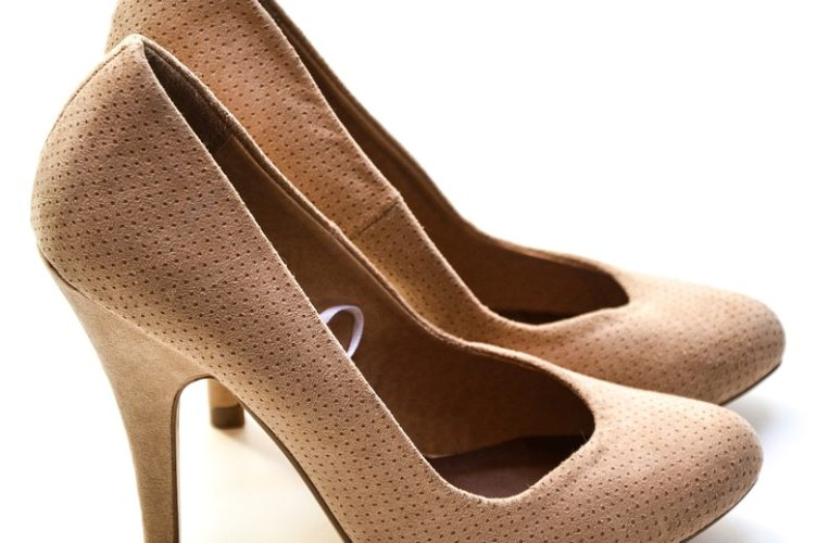 You MUST wear high heels….really?